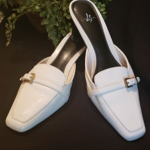 Life Stride White Shoes size 10